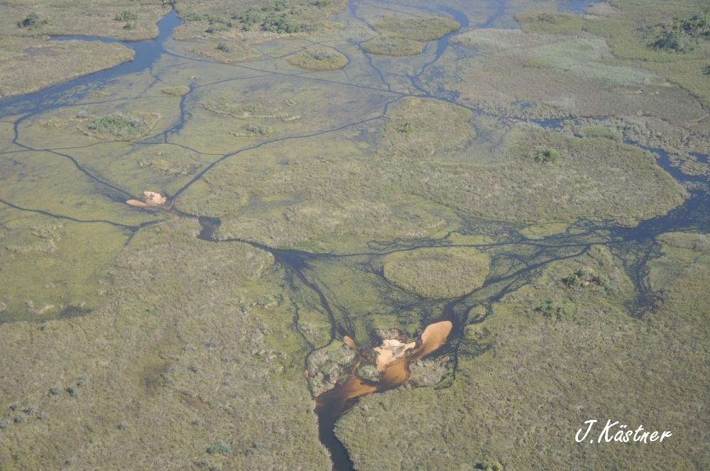 Botswana Treasures. sonne safari botswana afrika  tui berlin Botswana Okavango Delta
