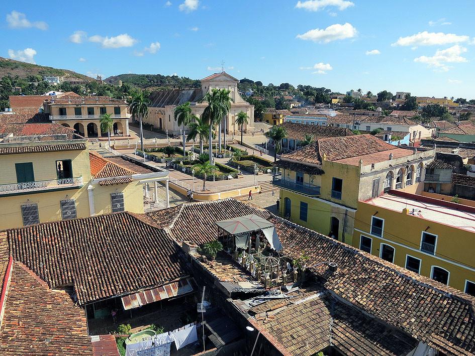 Cuba. Libre? Alles eine Frage der Mobilität staedtereisen sonne kuba karibik mittelamerika  tui berlin kuba rundreise trinidad ausblick