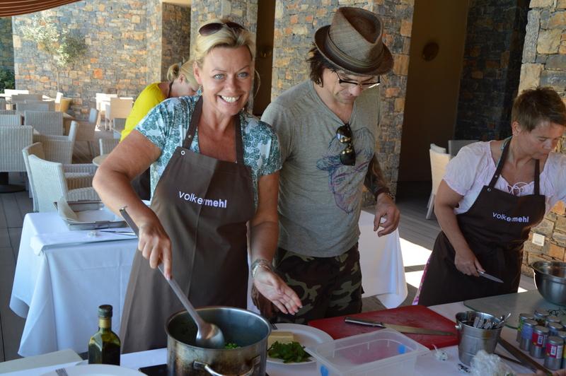 Glücklich Kochen auf Kreta strand sonne griechenland familie europa  tui berlin kreta griechenland daios cove beate arnold