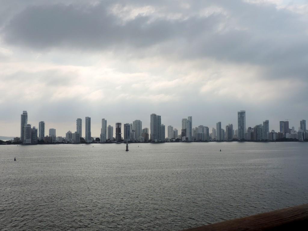 Durch den Panamakanal von Fort Lauderdale nach San Diego. usa sonne kreuzfahrt karibik mittelamerika  tui berlin kreuzfahrt lauderdale san diego Panama Colon 1