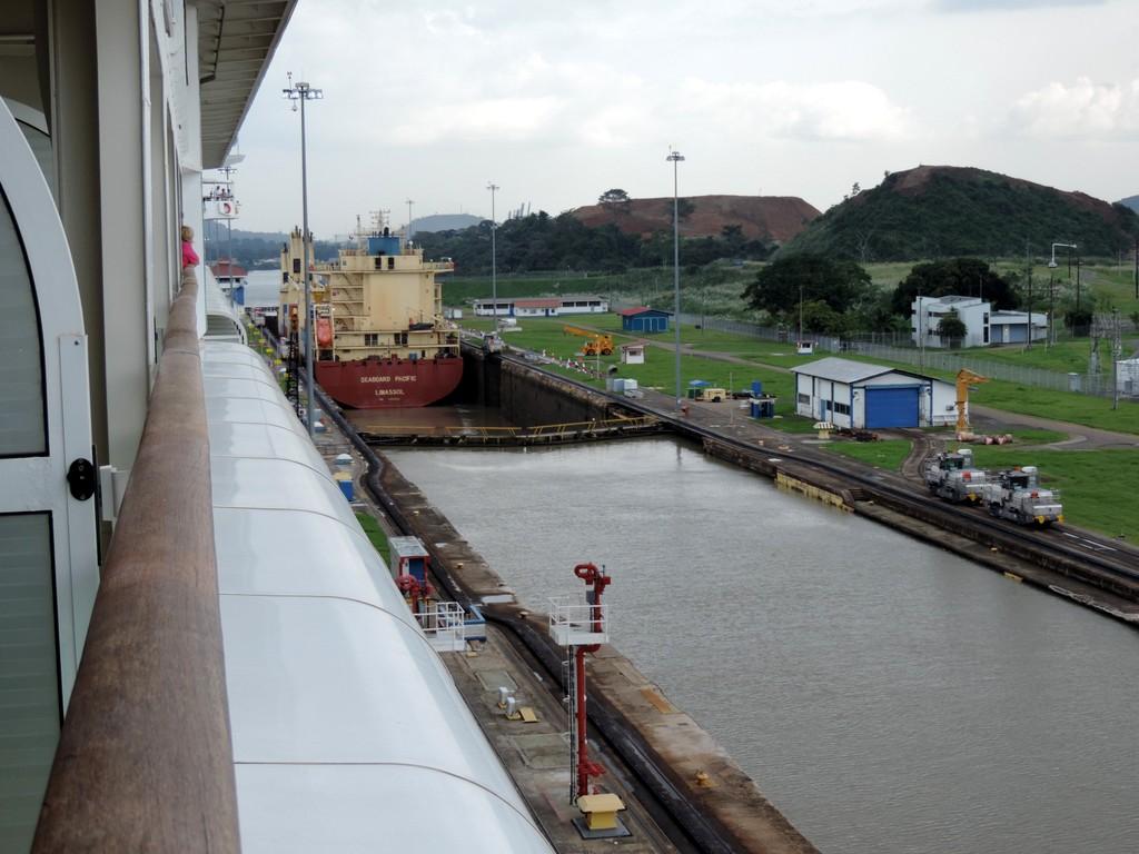 Durch den Panamakanal von Fort Lauderdale nach San Diego. usa sonne kreuzfahrt karibik mittelamerika  tui berlin panamakanal pazifikschleuse 1
