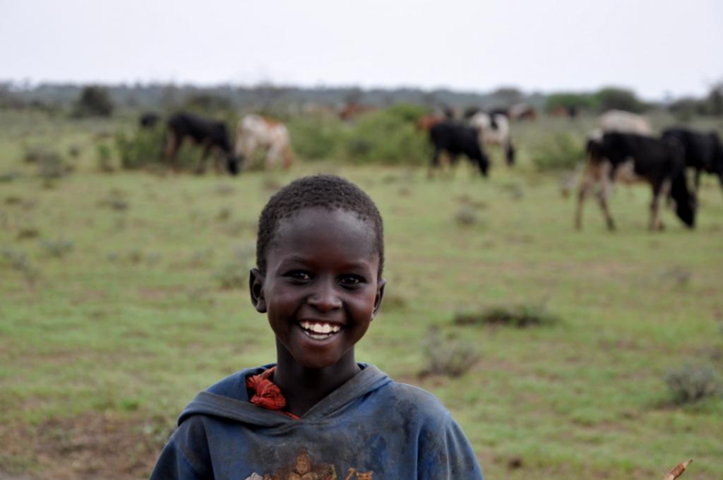Hunderttausend Gnus und wir. Begegnungen in Tansania. tansania safari afrika  tui berlin Tansania Massai Kind