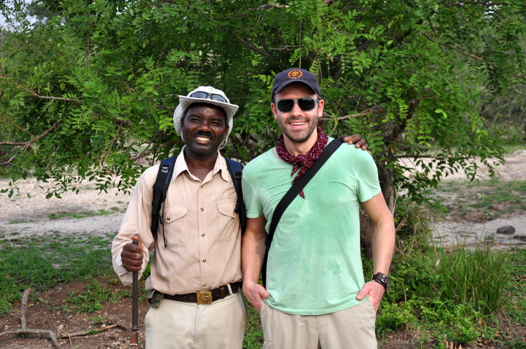 Hunderttausend Gnus und wir. Begegnungen in Tansania. tansania safari afrika  tui berlin Tansania Selous Walking Safari