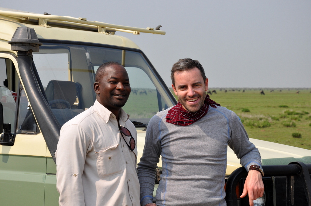 Hunderttausend Gnus und wir. Begegnungen in Tansania. tansania safari afrika  tui berlin Tansania Serengeti Guide Joerg Kaestner