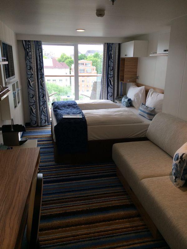 Premierenfahrt mit der Mein Schiff 3 kreuzfahrt europa  tui berlin mein schiff3 balkon kabine 1