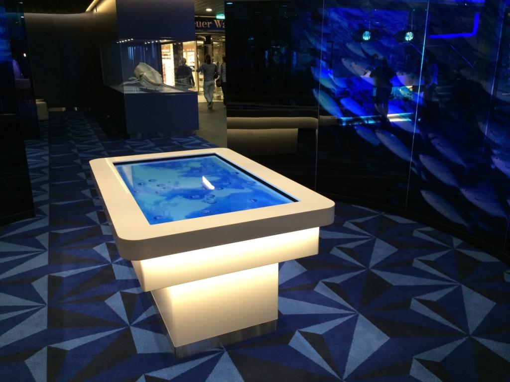Premierenfahrt mit der Mein Schiff 3 kreuzfahrt europa  tui berlin mein schiff3 touchtable 1