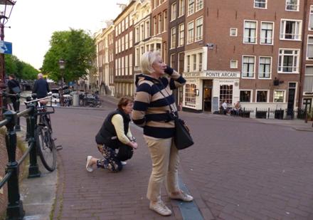 I amsterdam. staedtereisen niederlande europa  tui berlin amsterdam strassenbild 1