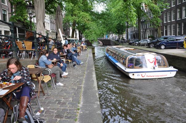 I amsterdam. staedtereisen niederlande europa  tui berlin amsterdam tui holland schiff 1