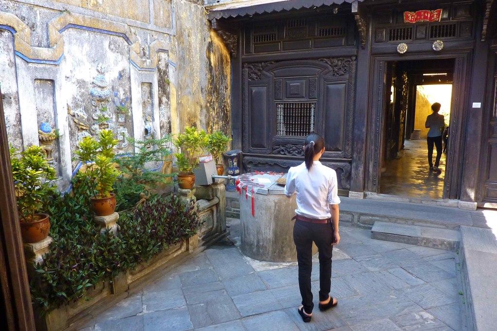 Tunnelhäuser und Maßanzüge   in Shoppinglaune durch Hoi An vietnam land und leute asien  tui berlin vietnam hoi an tunnelhaus 1