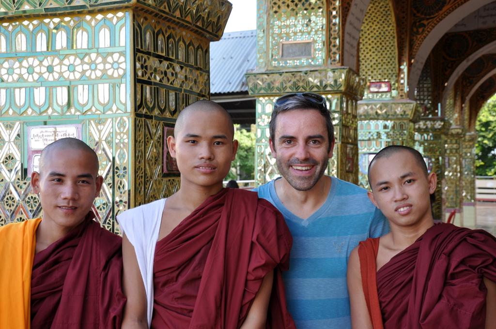 Myanmar. Von goldenen Pagoden und Einbein Fischern. sonne land und leute myanmar asien  tui berlin Myanmar Mandaylay Begegnungen 1