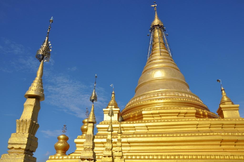 Myanmar. Von goldenen Pagoden und Einbein Fischern. sonne land und leute myanmar asien  tui berlin Myanmar Shwedagon Pagode 1