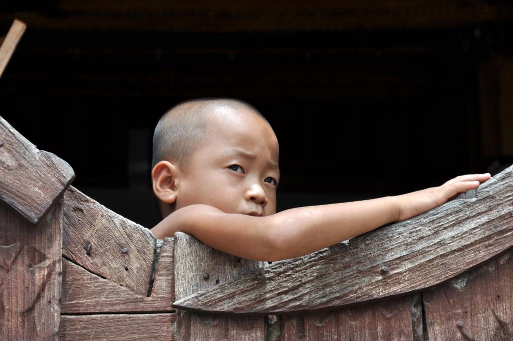 Myanmar. Von goldenen Pagoden und Einbein Fischern. sonne land und leute myanmar asien  tui berlin Myanmar kleiner Moench 1