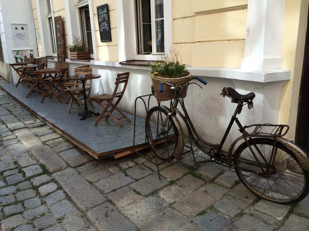 Wien und Bratislava   eine Städtekombination mit Aussicht staedtereisen oesterreich europa  tui berlin slowakei bratislava impressionen 1