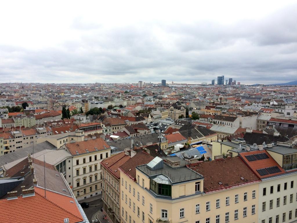 Wien und Bratislava   eine Städtekombination mit Aussicht staedtereisen oesterreich europa  tui berlin wien ausblick haus des meeres 1