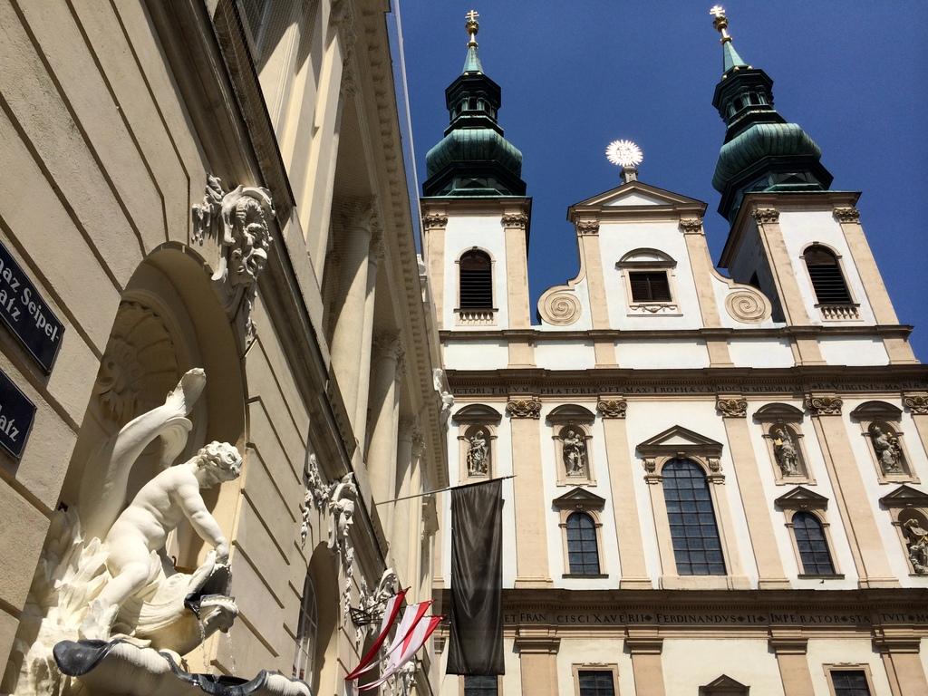 Wien und Bratislava   eine Städtekombination mit Aussicht staedtereisen oesterreich europa  tui berlin wien haus 1