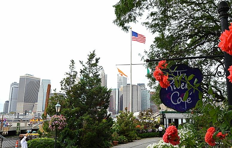 Auf Weltreise im Privatjet. Teil 1: Sylt   New York nonstop! usa staedtereisen land und leute kanada europa karibik mittelamerika  tui berlin weltreise new york river cafe