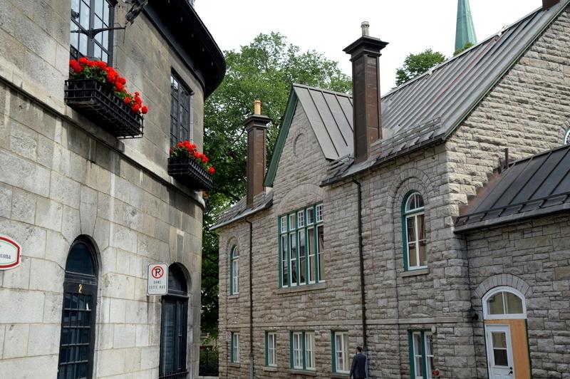 Auf Weltreise im Privatjet: Teil 2   Quebec und Tadoussac staedtereisen kanada karibik mittelamerika  tui berlin weltreise quebec oberstadt