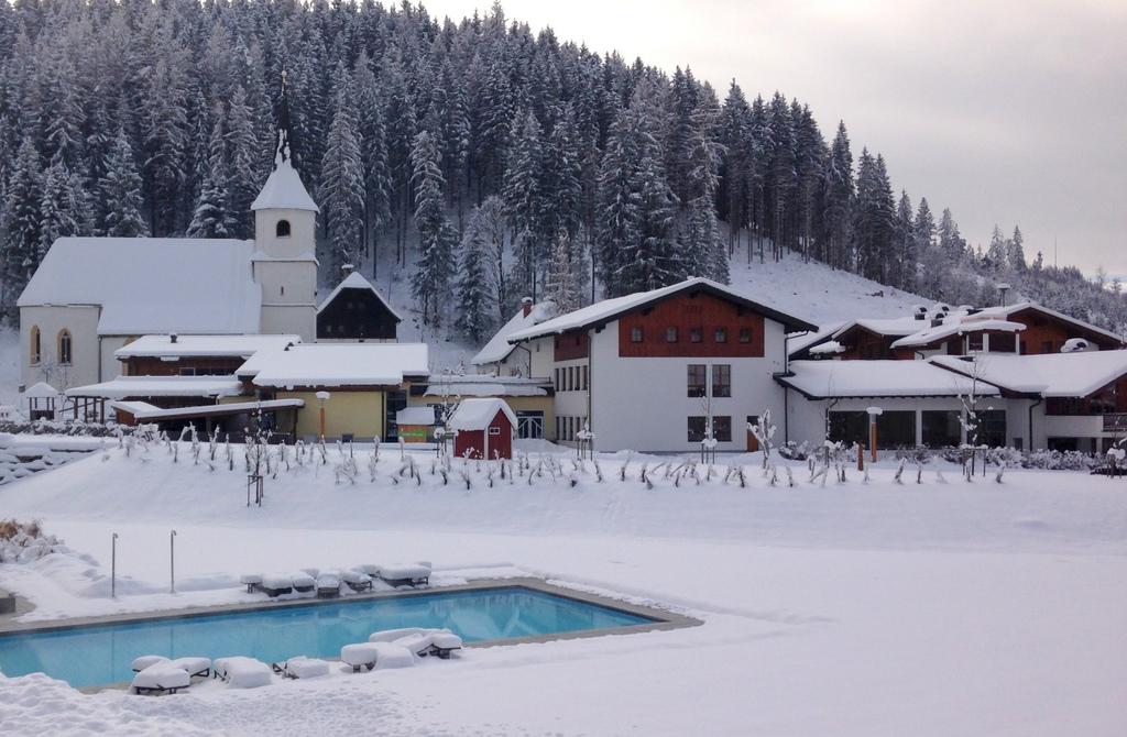 Werfenweng   Winterurlaub für Familien winterurlaub schnee oesterreich familie europa  tui berlin werfenweng beheizter pool