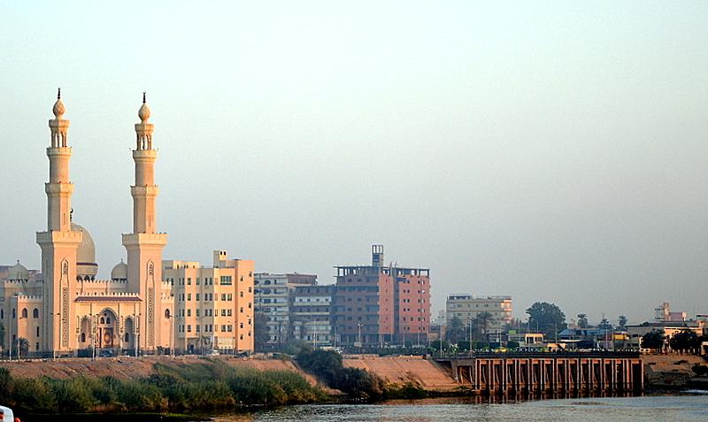 Neulich am Nil staedtereisen sonne land und leute kreuzfahrt aegypten afrika  tui berlin Aegypten Assuan Nilufer