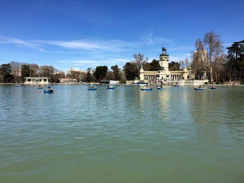 Kurze Wege in Madrid staedtereisen spanisches festland sonne reisebericht europa  tui berlin spanien madrid retiro boote