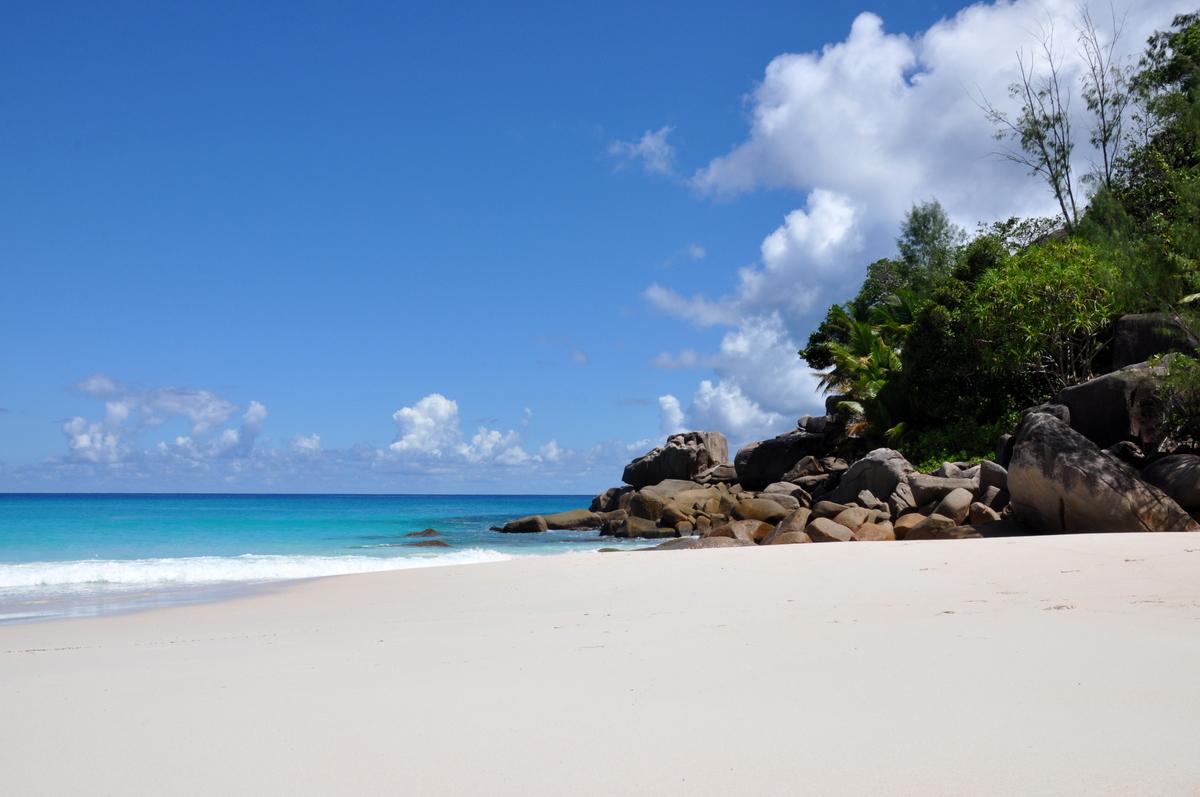 Traumtage auf den Seychellen: Mahé   La Digue   Praslin strand sonne seychellen indischer ozean orient honeymoon 2  tui berlin Seychellen Anse Georgette