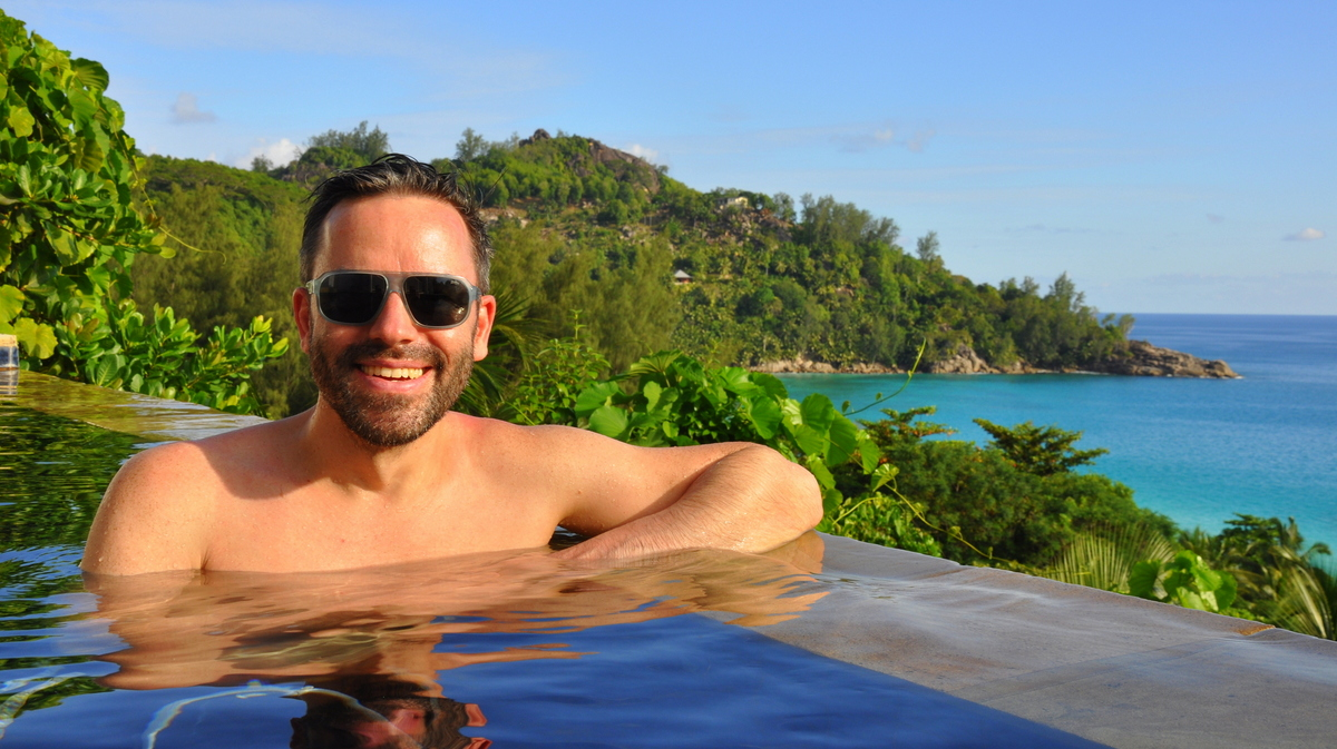 Traumtage auf den Seychellen   Banyan Tree Seychelles strand sonne seychellen indischer ozean orient honeymoon 2  tui berlin Seychellen Banyan Tree Joerg Kaestner Pool Villa