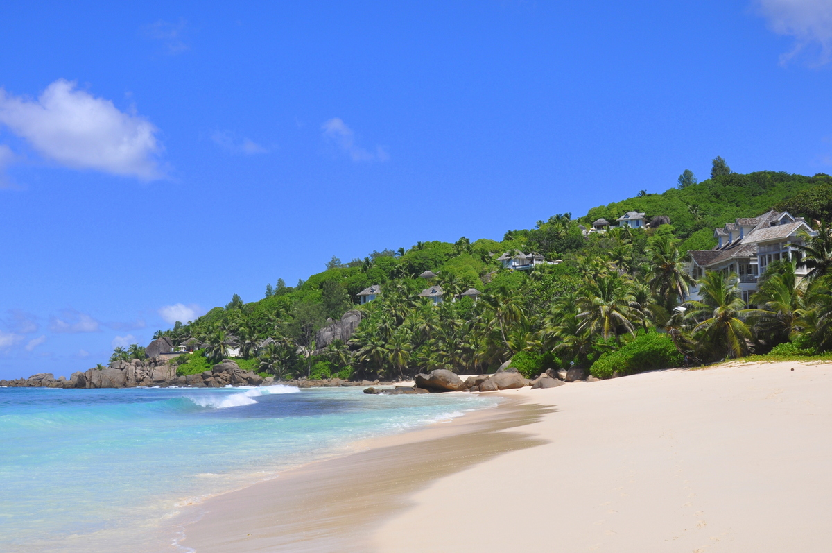Traumtage auf den Seychellen   Banyan Tree Seychelles strand sonne seychellen indischer ozean orient honeymoon 2  tui berlin Seychellen Banyan Tree Strand