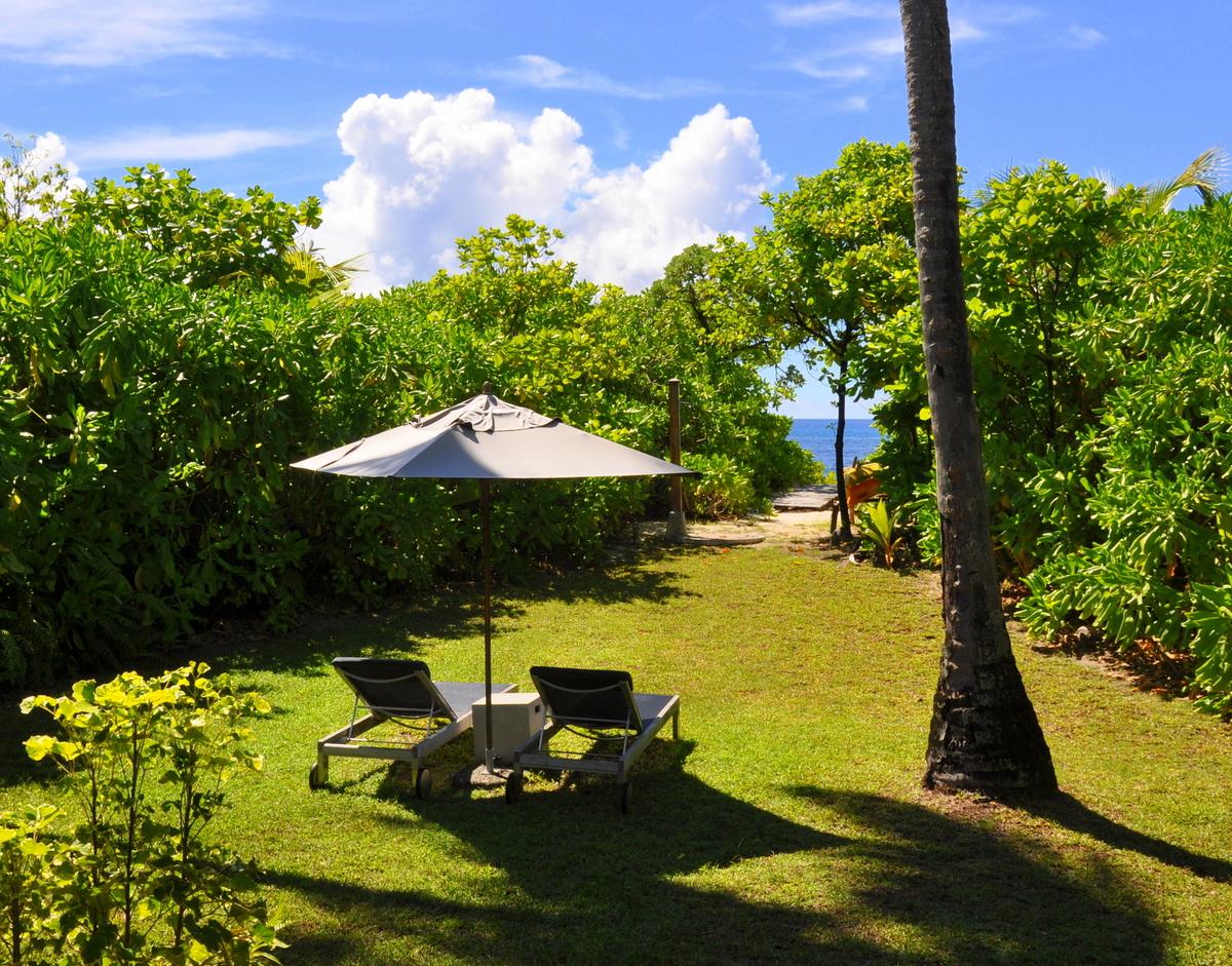 Traumtage auf den Seychellen: Desroches Island strand sonne seychellen indischer ozean orient honeymoon 2  tui berlin Seychellen Desroches Beach Villa