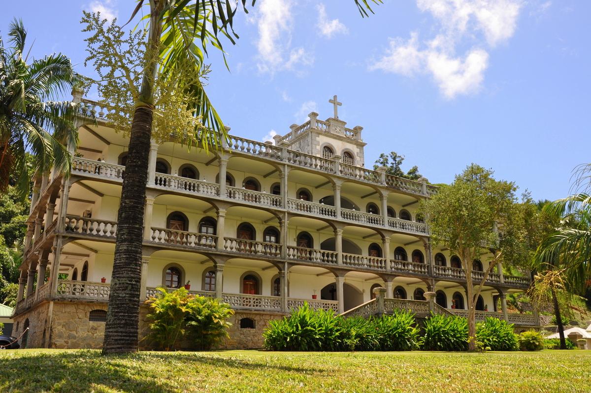 Traumtage auf den Seychellen: Mahé   La Digue   Praslin strand sonne seychellen indischer ozean orient honeymoon 2  tui berlin Seychellen Victoria