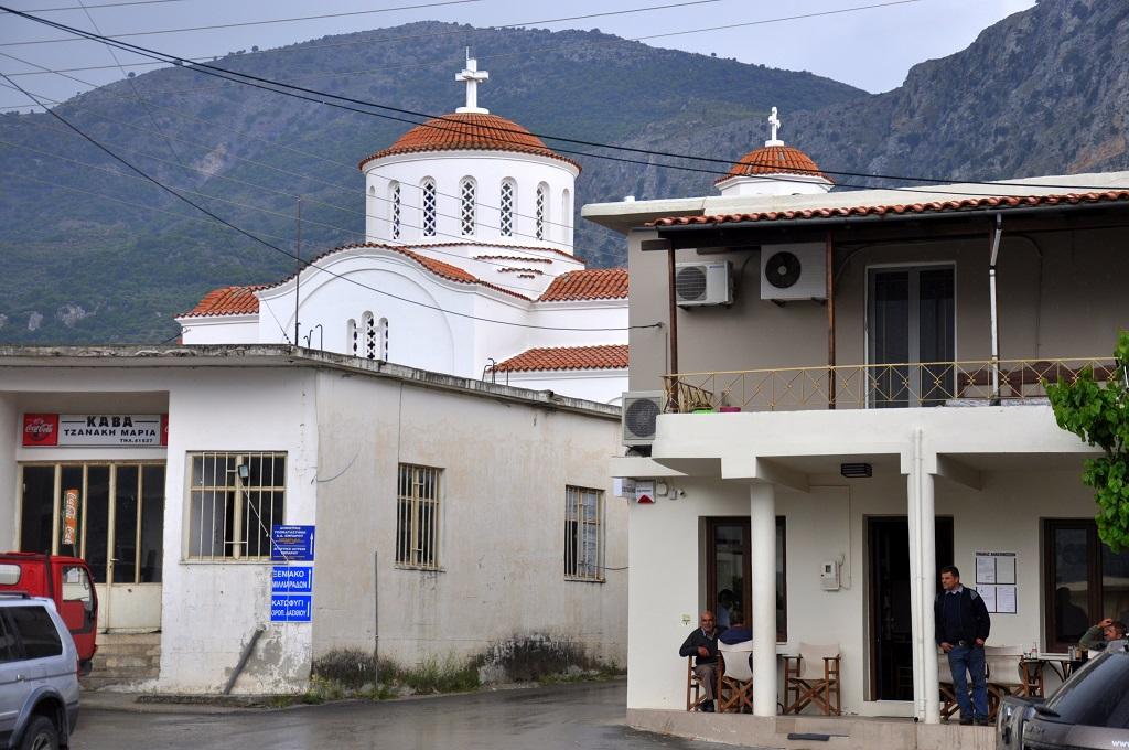 Offroad auf Kreta unterwegs   Land Rover Adventure Tour Greece 2015 sonne land und leute griechenland europa  tui berlin kreta bergdorf tour1