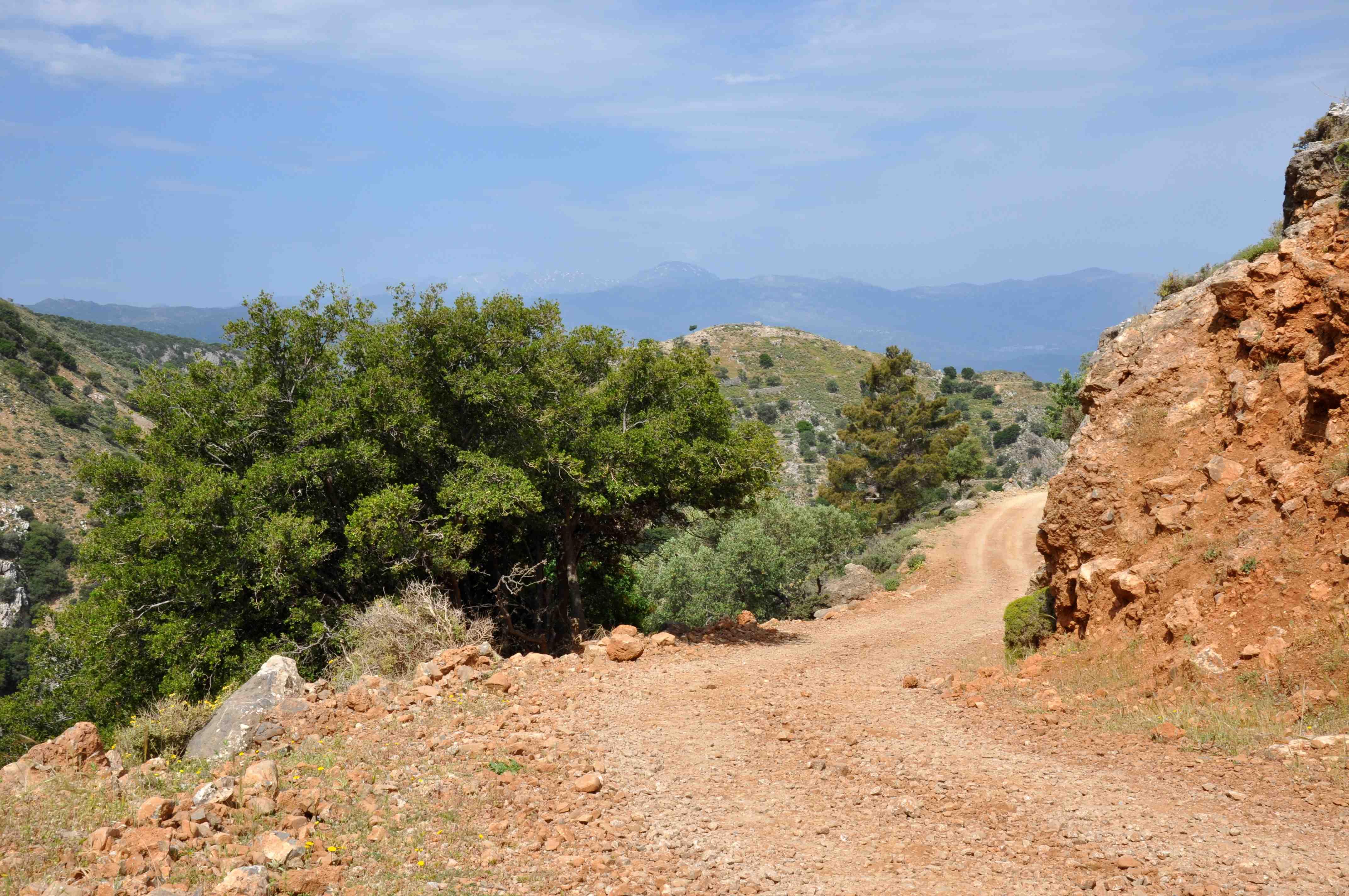 Offroad auf Kreta unterwegs   Land Rover Adventure Tour Greece 2015 sonne land und leute griechenland europa  tui berlin kreta landrover serpentinen