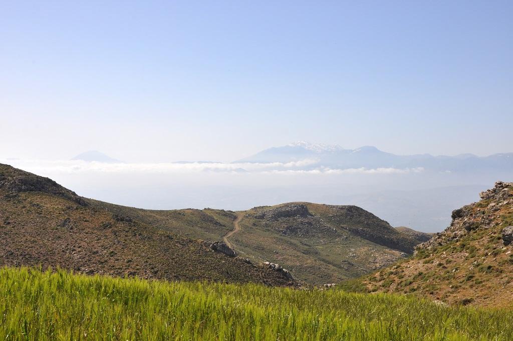 Offroad auf Kreta unterwegs   Land Rover Adventure Tour Greece 2015 sonne land und leute griechenland europa  tui berlin kreta offroad ausblick