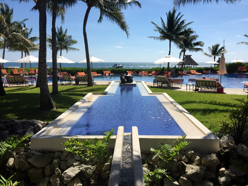 Kleine Mexiko Rundreise   Teil 3: Yucatan Halbinsel strand sonne mexiko laender karibik mittelamerika  tui berlin mexico yucatan hotel pool