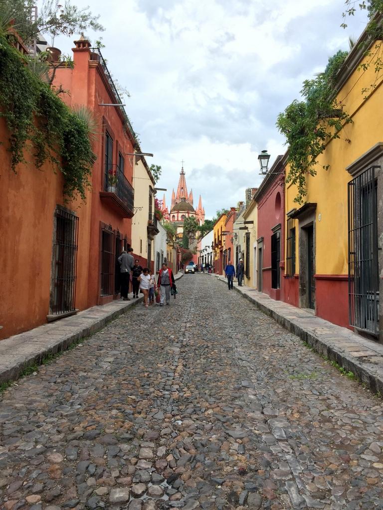 Kleine Mexiko Rundreise   Teil 2: San Miguel de Allende staedtereisen sonne land und leute mexiko karibik mittelamerika  tui berlin san miguel de allende zentrum