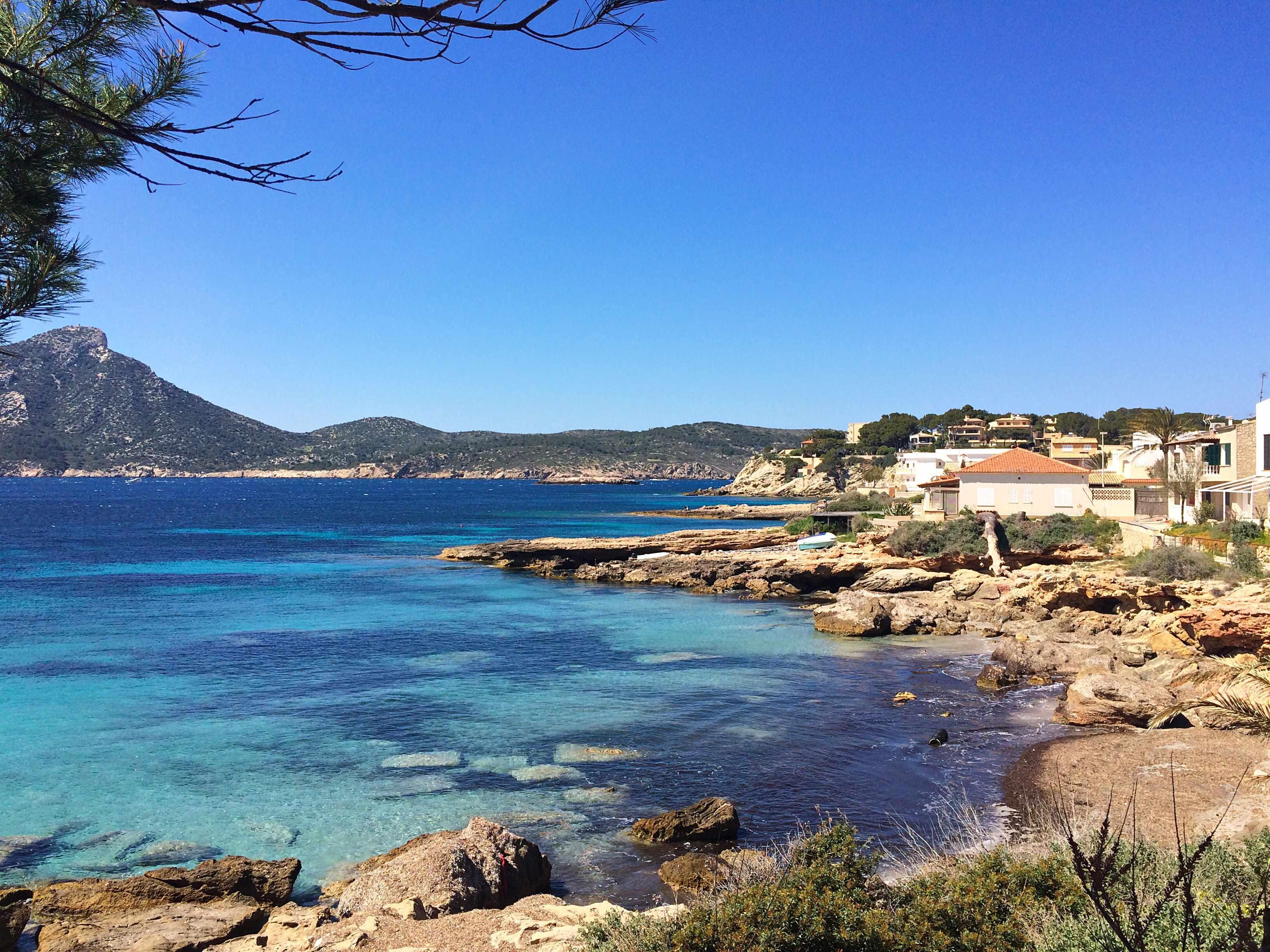 Mein perfektes Mallorca Wochenende staedtereisen sonne land und leute mallorca familie europa  tui berlin mallorca kueste sant elmo