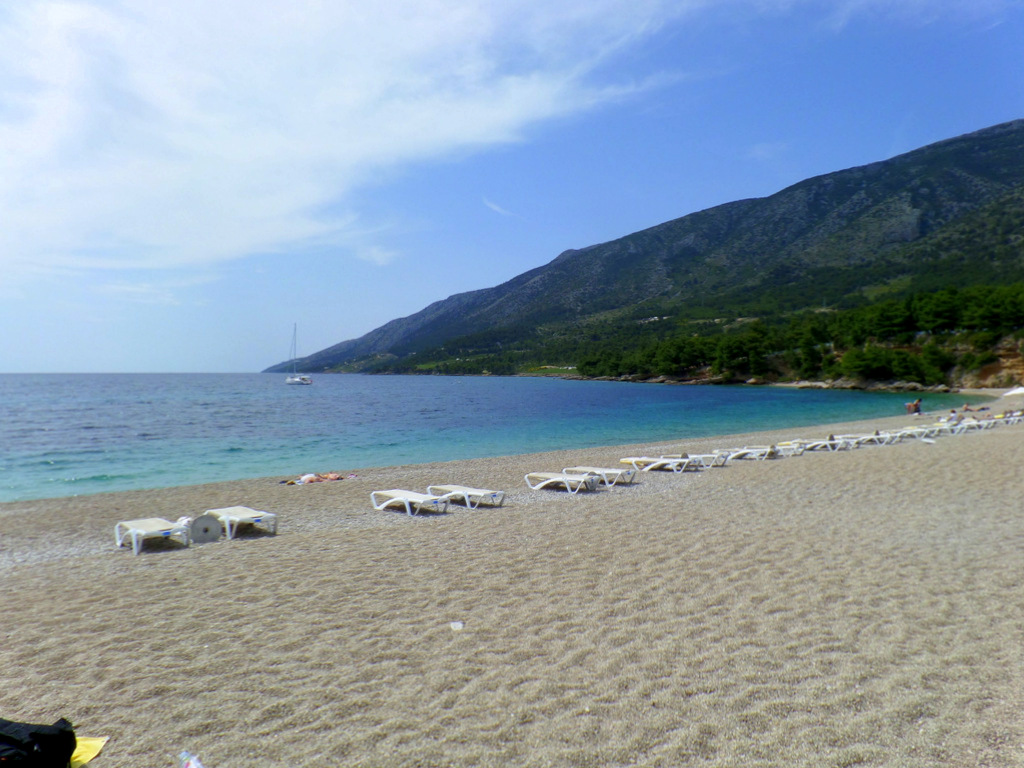 Kurzreise Kroatien   Frühstück an der Adria. staedtereisen kroatien europa  tui berlin kroatien goldenes horn strand