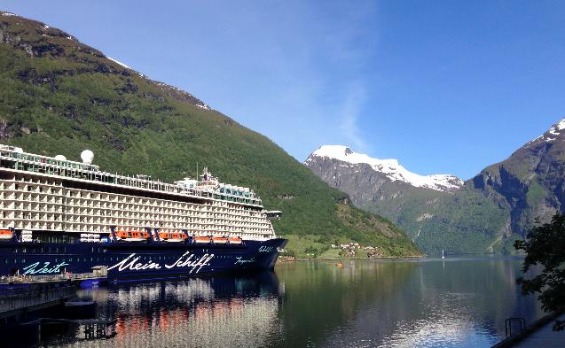 TUI, Reisebüro, World of TUI, Berlin, Sibylle Georgi, TUI Cruises, Kreuzfahrt, Mein Schiff 4, Bergen,Tromso, Alesund, Fjorde, Reisebericht, Reiseblog, Erlebnisbericht