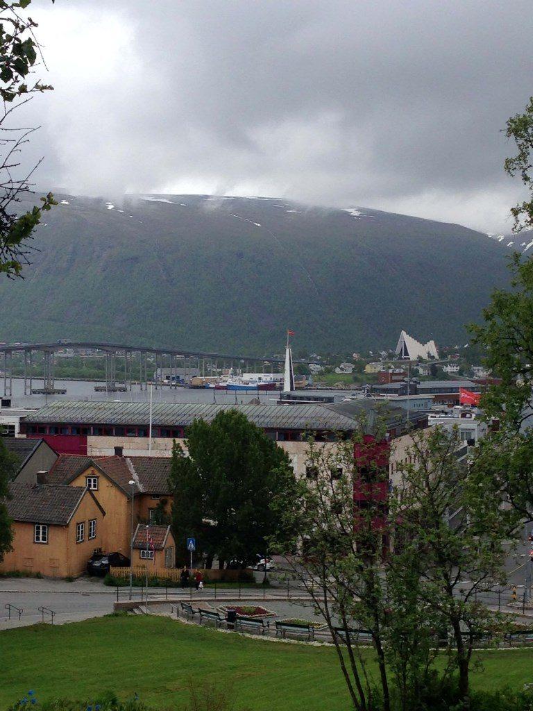 Die ganze Familie an Bord der Mein Schiff 4 norwegen kreuzfahrt familie europa  tui berlin mein schiff 4 kreuzfahrt tromso 768x1024