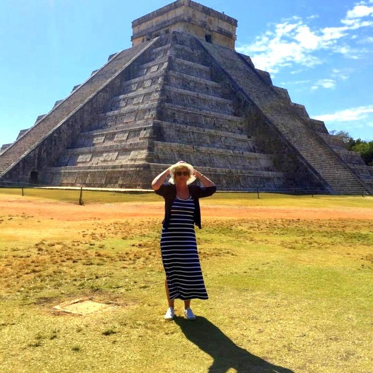 Mexiko   Entspannung und Kultur an der Riviera Maya strand sonne land und leute reisebericht mexiko  TUI Berlin Mexico Chitchen Itza Vormittag