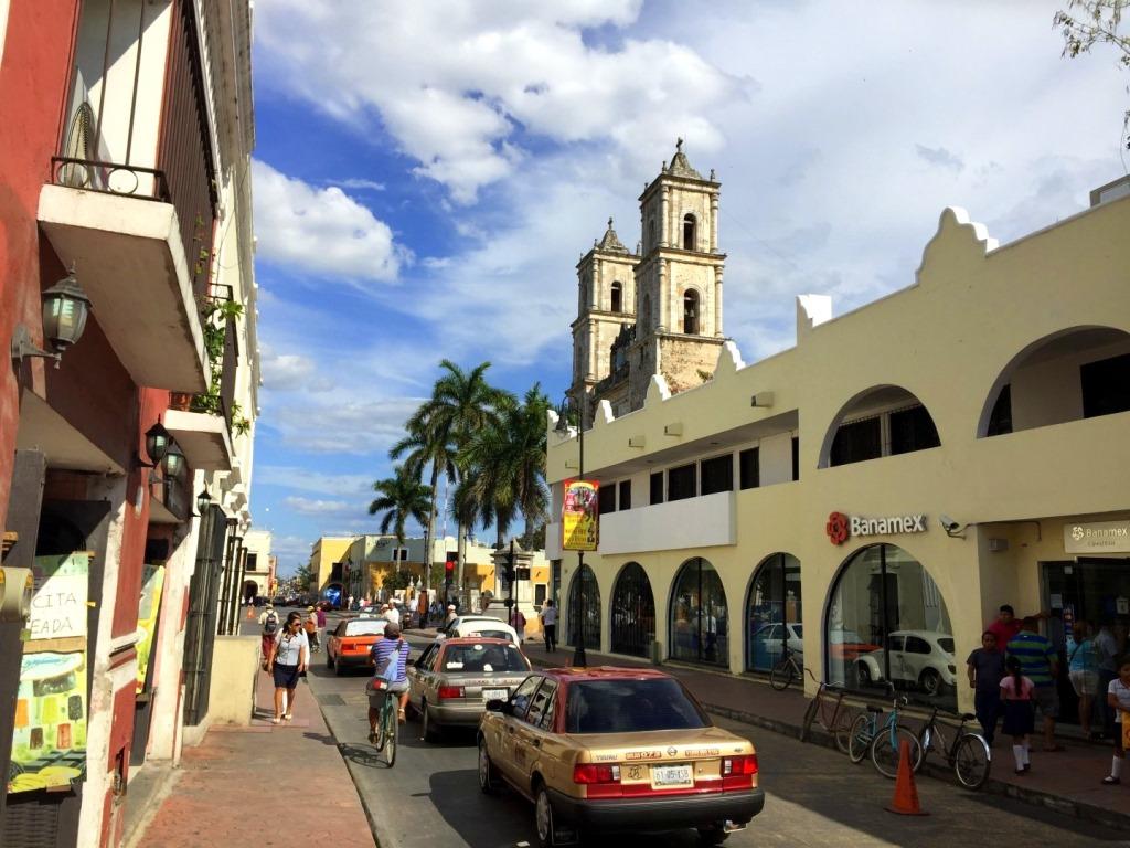 Mexiko   Entspannung und Kultur an der Riviera Maya strand sonne land und leute reisebericht mexiko  TUI Berlin Rundreise Yucatan Valladolid