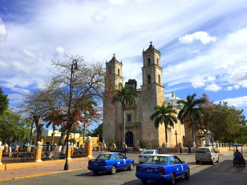 Mexiko   Entspannung und Kultur an der Riviera Maya strand sonne land und leute reisebericht mexiko  TUI Berlin Yucatan Valladolid Stadtzentrum