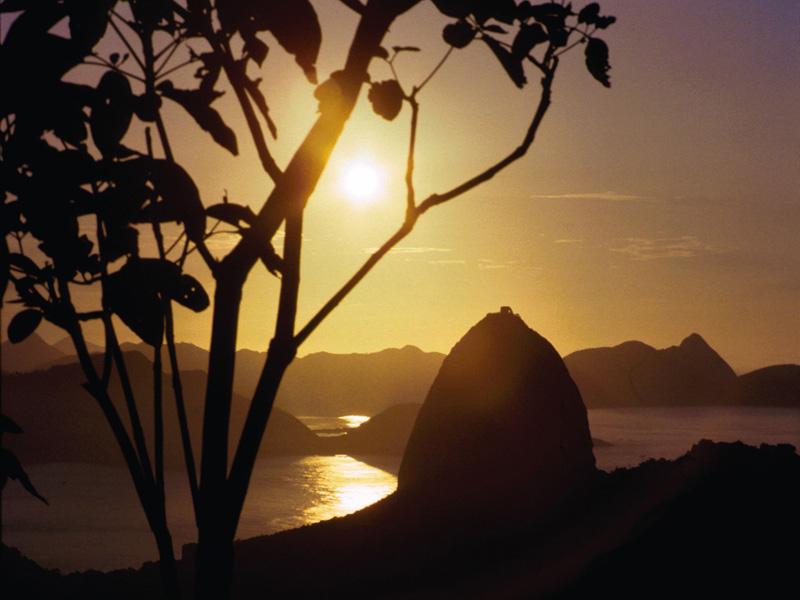Brasilien   Vielfalt entdecken. sonne land und leute expertentipps brasilien  TUI Berlin Brasilien Rio Sunrise Sky