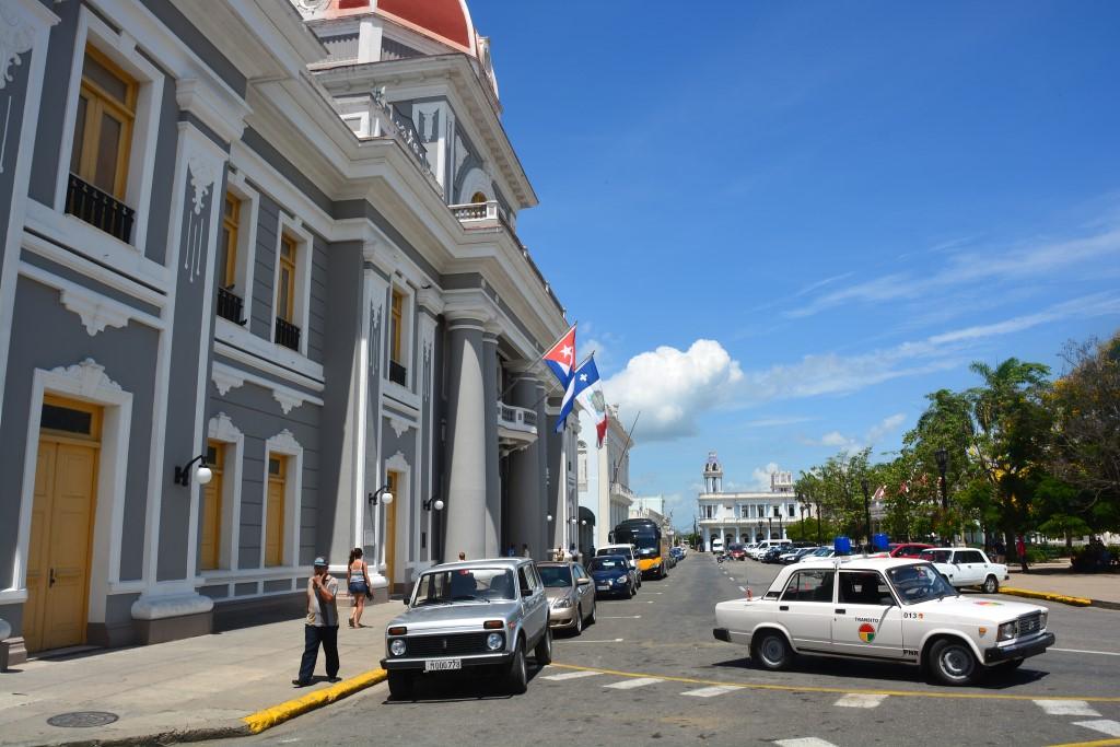 Urlaub auf Kuba nach der Öffnung strand sonne land und leute reisebericht kuba  tui berlin kuba Cienfuegos1