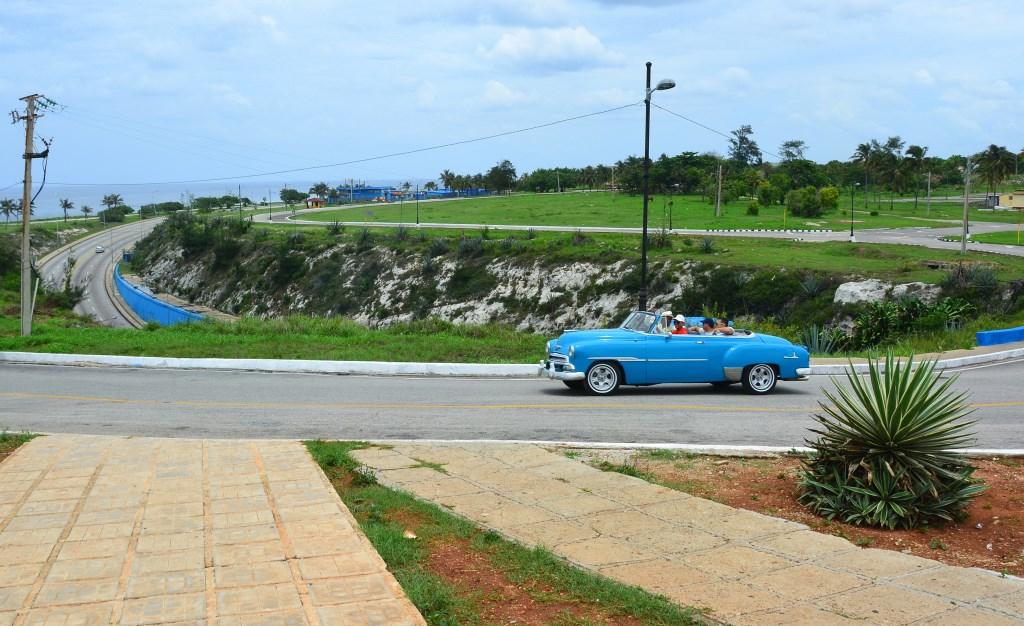 Urlaub auf Kuba nach der Öffnung strand sonne land und leute reisebericht kuba  tui berlin kuba havanna Oldtimer1