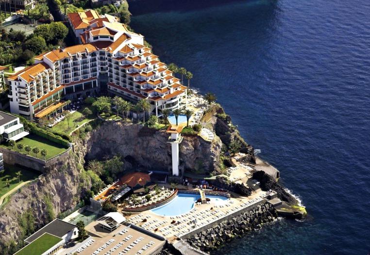 Madeira. Attraktiv 365 Tage im Jahr. tui hotels strand sonne expertentipps  tui berlin the cliff bay außenansicht