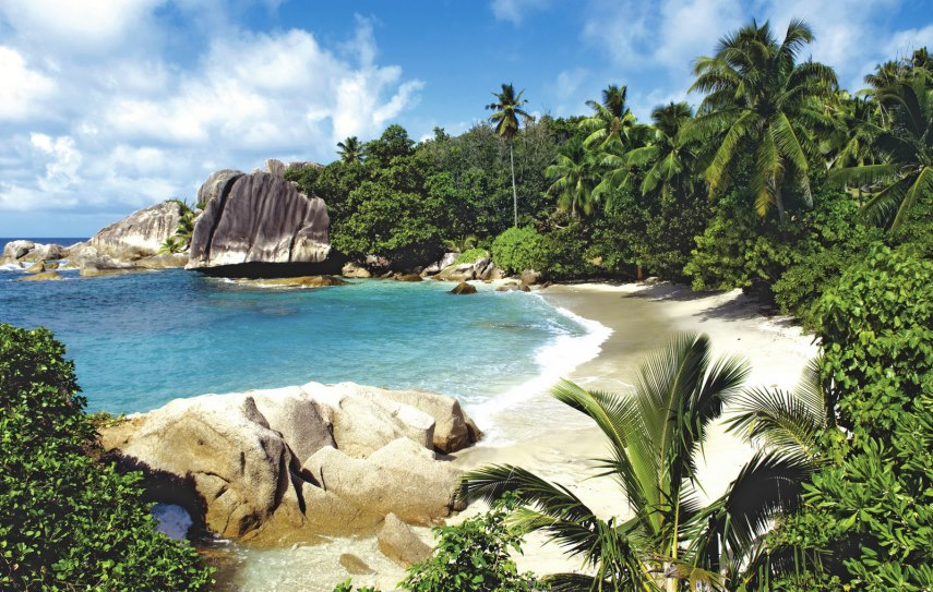 TUI Berlin, Six Senses Zil Pasyon, Great Barrier Reef, Phuket, Kreuzfahrt, Hapag-Lloyd, Seychellen, Luxusreisen, Once-in-a-Lifetime, Berggorillas, Uganda