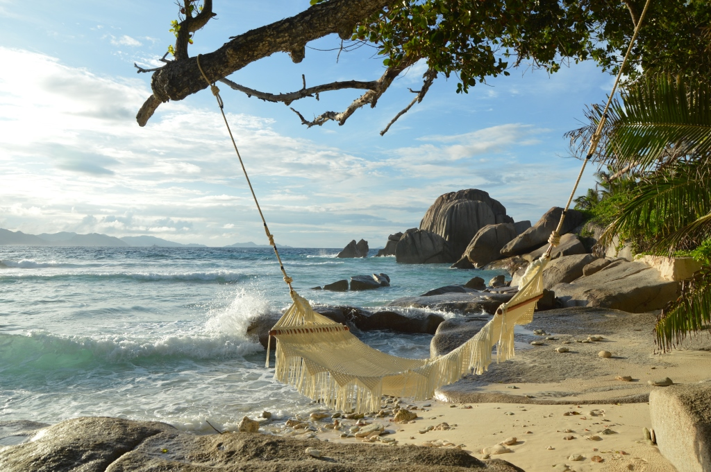 Six Senses Zil Pasyon: Pool Villen mit Ausblick auf den Indischen Ozean strand sonne seychellen new honeymoon 2  tui reisebuero berlin seychellen six senses strand chillout 1
