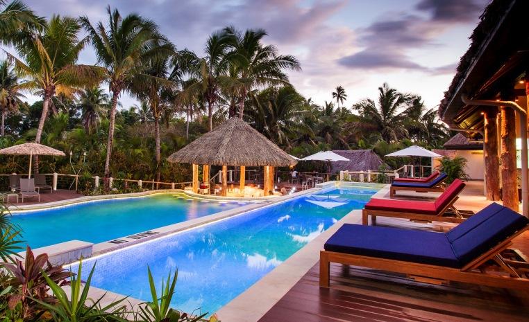Fiji   Mehr als nur Strand und Sonne strand sonne fiji expertentipps  tui berlin outrigger fiji pool
