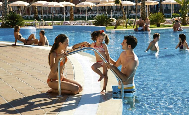 Wiedereröffnende RIU Hotels 2017 news tui hotels strand spanisches festland sonne portugal mallorca familie cluburlaub angebot  tui berlin riu costa del sol