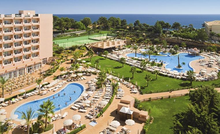 Wiedereröffnende RIU Hotels 2017 news tui hotels strand spanisches festland sonne portugal mallorca familie cluburlaub angebot  tui berlin riu guarana außenansicht